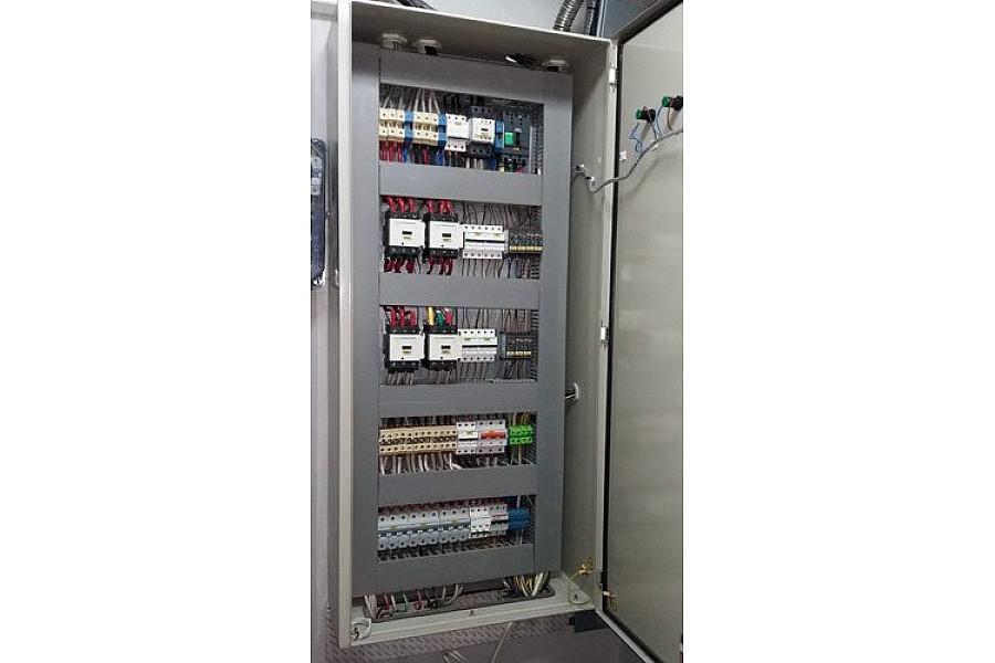 Электрощит вводно-распределительный 100 кВт